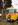 individueller Hochzeitsschmuck des Oldtimer-Busses Schwyzer Poschti in Bonn
