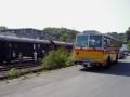 """Oldtimer-Postauto-Bus Saurer/Tüscher 3DUK-50 ex P-24660 von www.schwyzer-poschti.de vor dem Dampfzug """"Bergischer Löwe"""" mit Dampflok """"Waldbröl"""" am Bahnhof Wiehl (4.2011 - Foto: Schwyzer Poschti) - Eisenbahn - Nostalgiefahrt - Dampfzug - Kombipakete"""